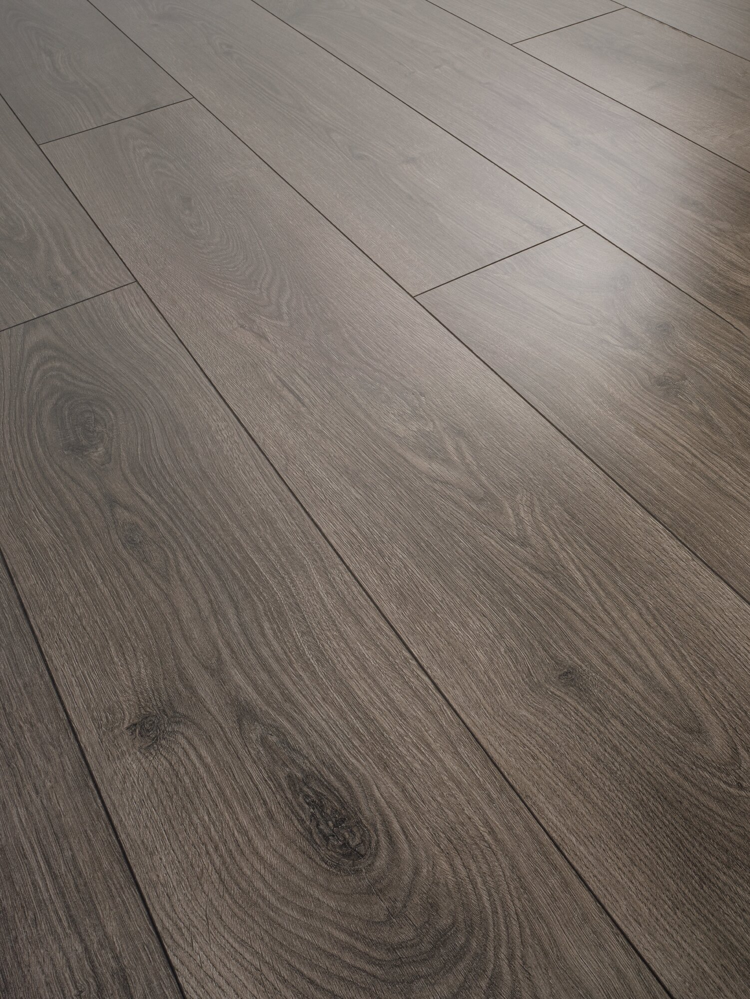 Parchet laminat rezistent la apa Swiss Krono Liberty Natural Oak Coal D 4933 PM